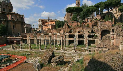 1280px-Forum_of_Caesar_Rome