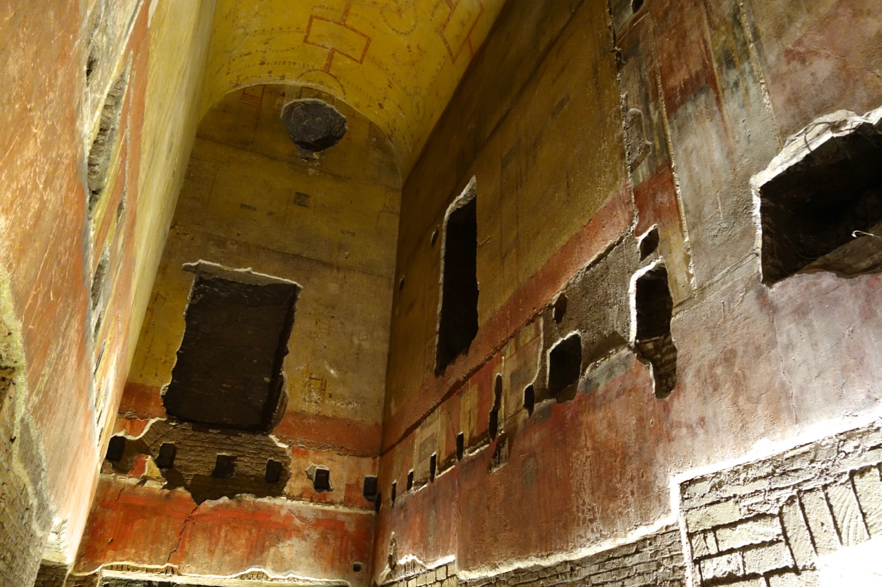 domus-aurea-wall-painting